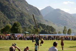 caber tosser highland games