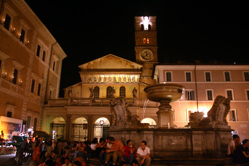 view-of-trastevere-at-night