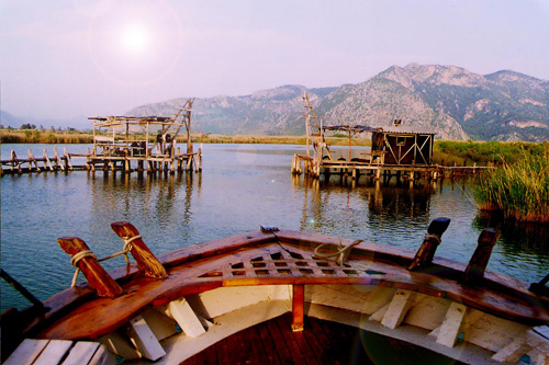 view_over_lake_in_turkey