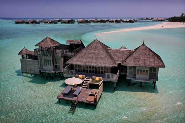 Luxury vs budget guest travel writers - Small beach houses dream vacation ...